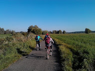 Cycling out to the River Morava floodplain on a birding trip © Tomáš Novák.